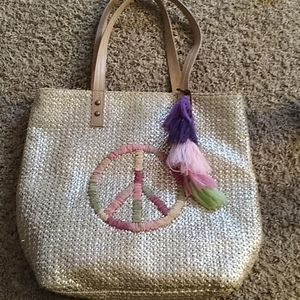 Like New! Gold Straw Peace Sign Sak Bag